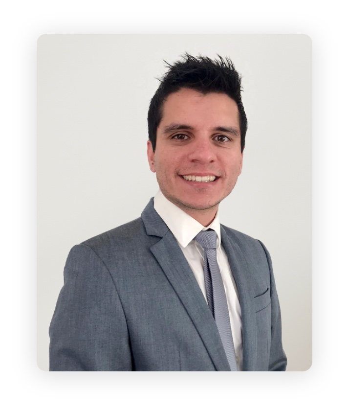 Portrait of Onelivery co-founder Adriano Goncalves