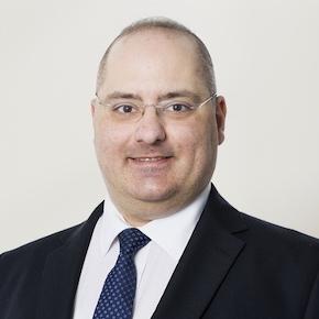Portrait of Onelivery co-founder Vasileios Lekkos